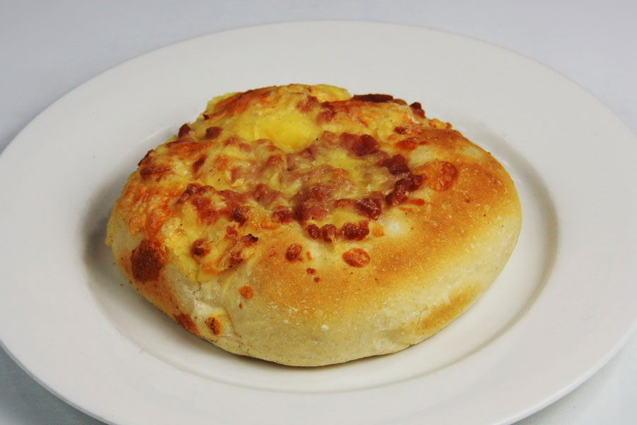 Cheese-and-bacon-roll