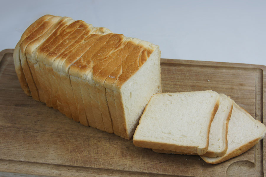 White-square-900g-toast